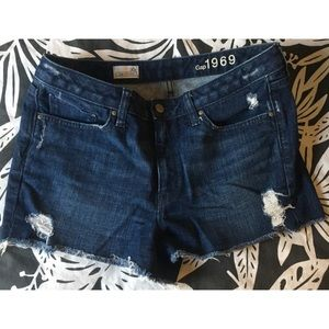 Gap distressed denim shorts. Size 30, relaxed fit.